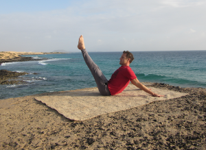 Jamie Isaac - Hip circles classical Pilates in Paradise